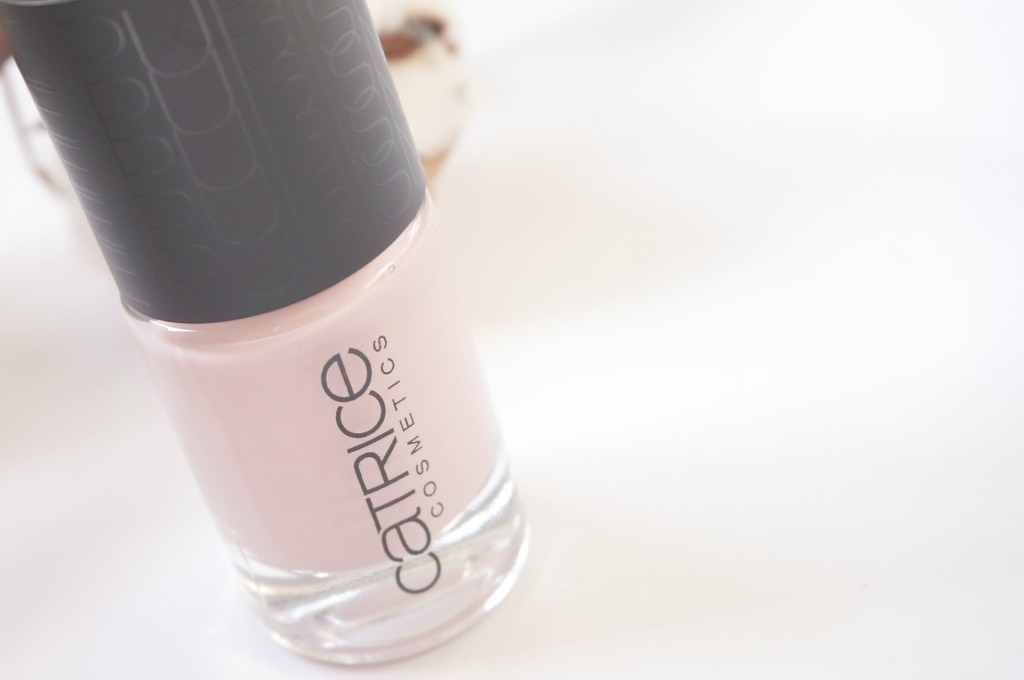 Catrice Nude Purism Taupe-less nagellak