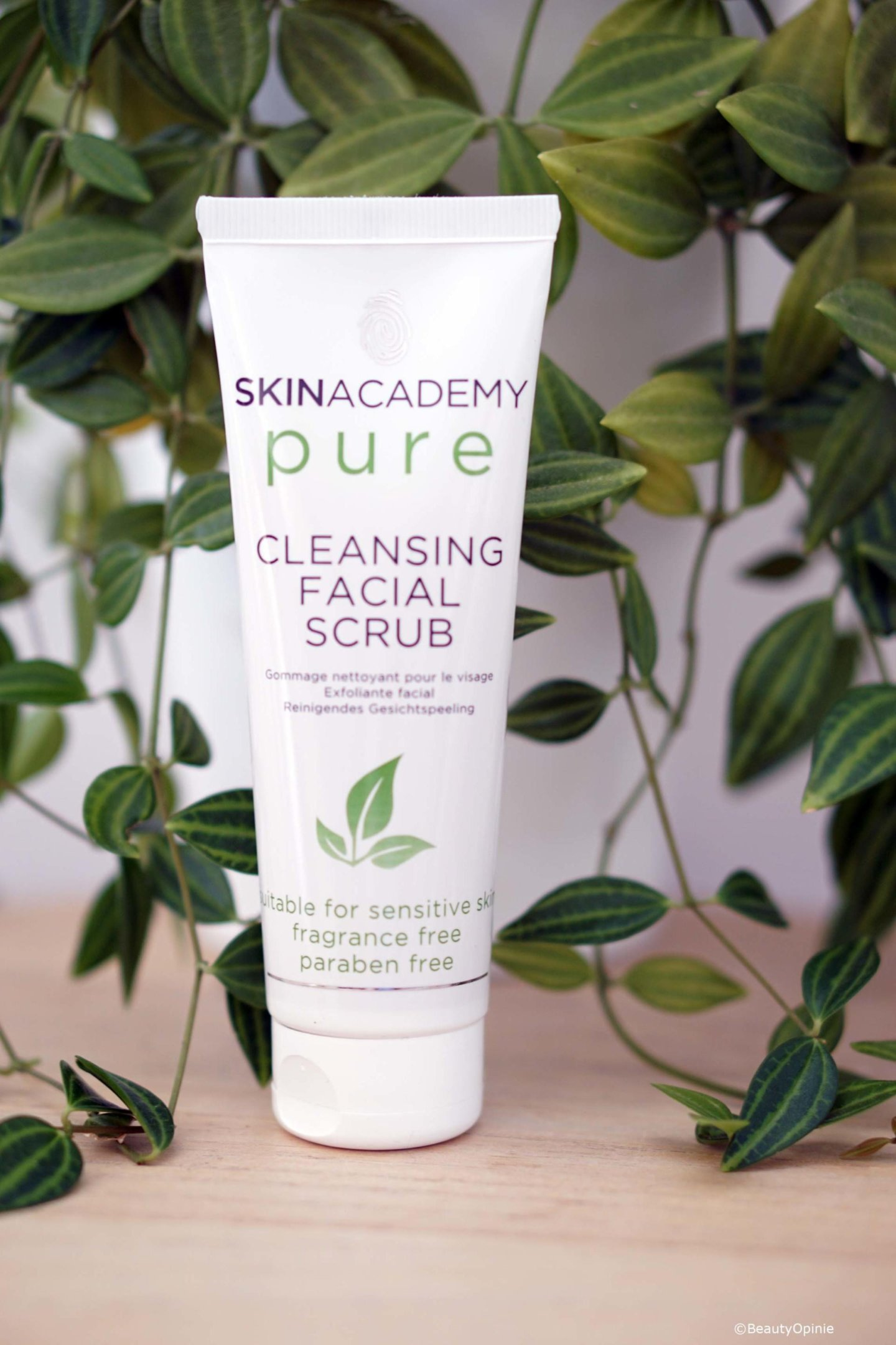 review Skinacademy pure Cleansing facial scrub
