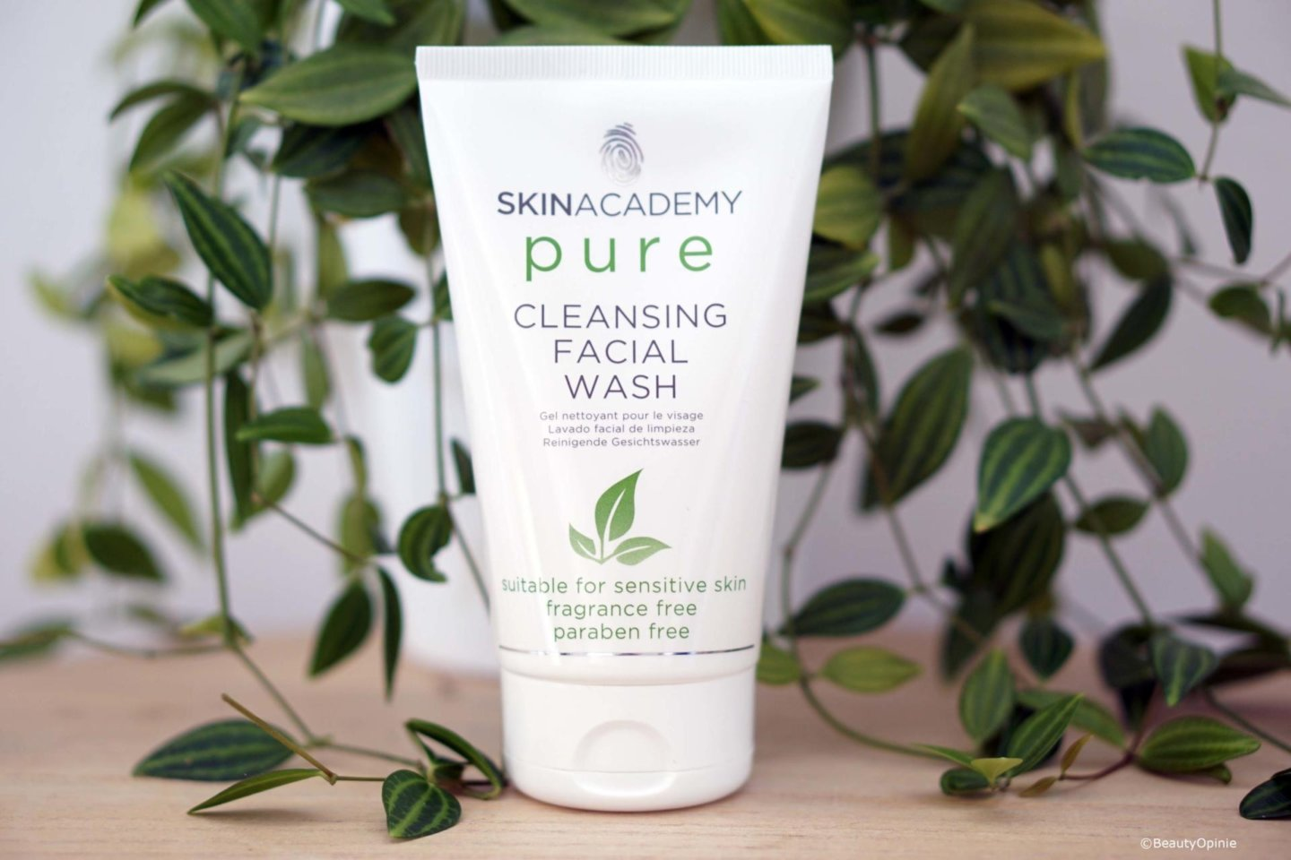 review Skinacademy pure Cleansing facial wash