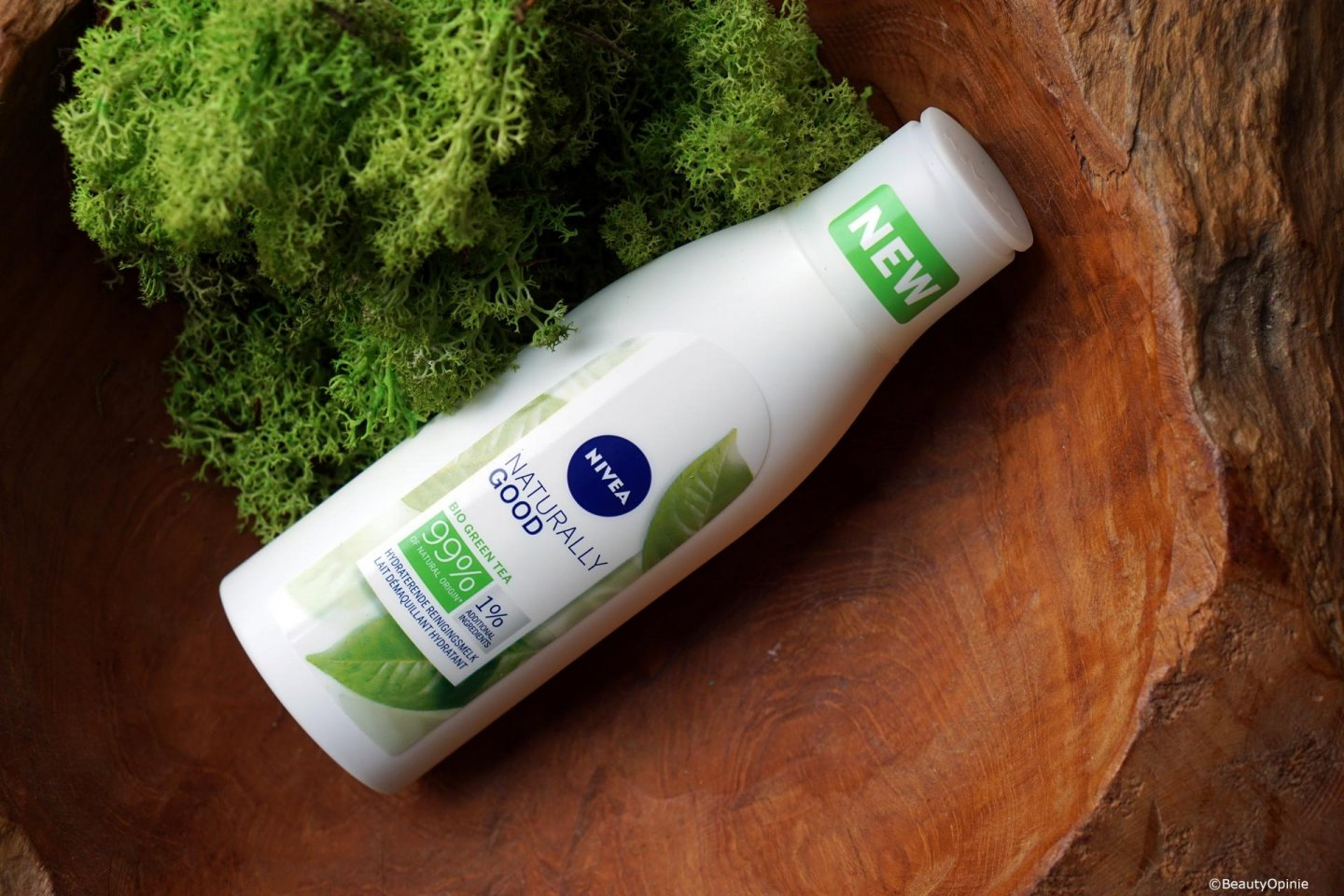 review NIVEA NATURALLY GOOD Hydraterende reinigingsmelk