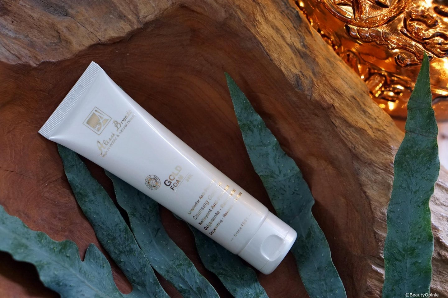review Alissi Brontë Gold Foam Thermal Make-Up Remover