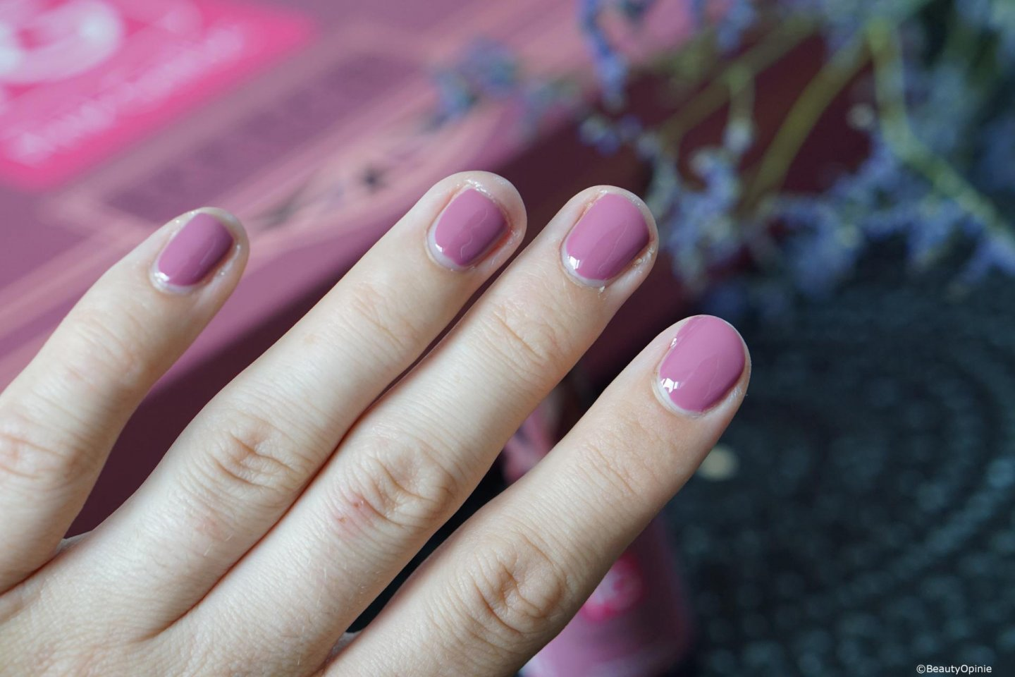 Swatches blissed mauve pink gellac