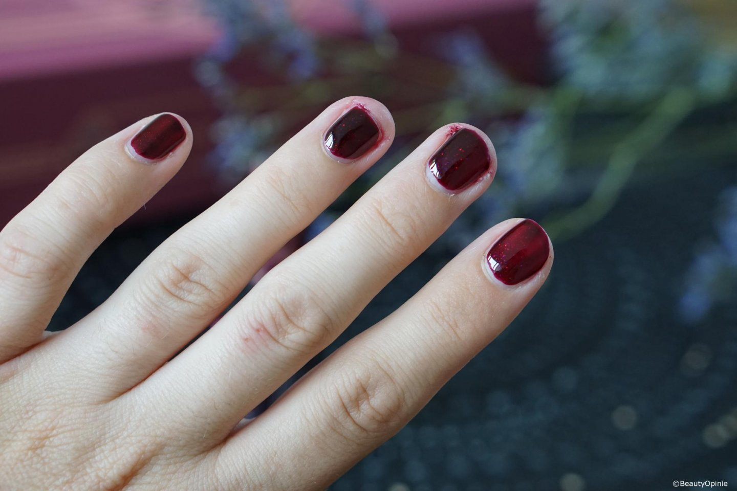 Swatches dramatic red pink gellac