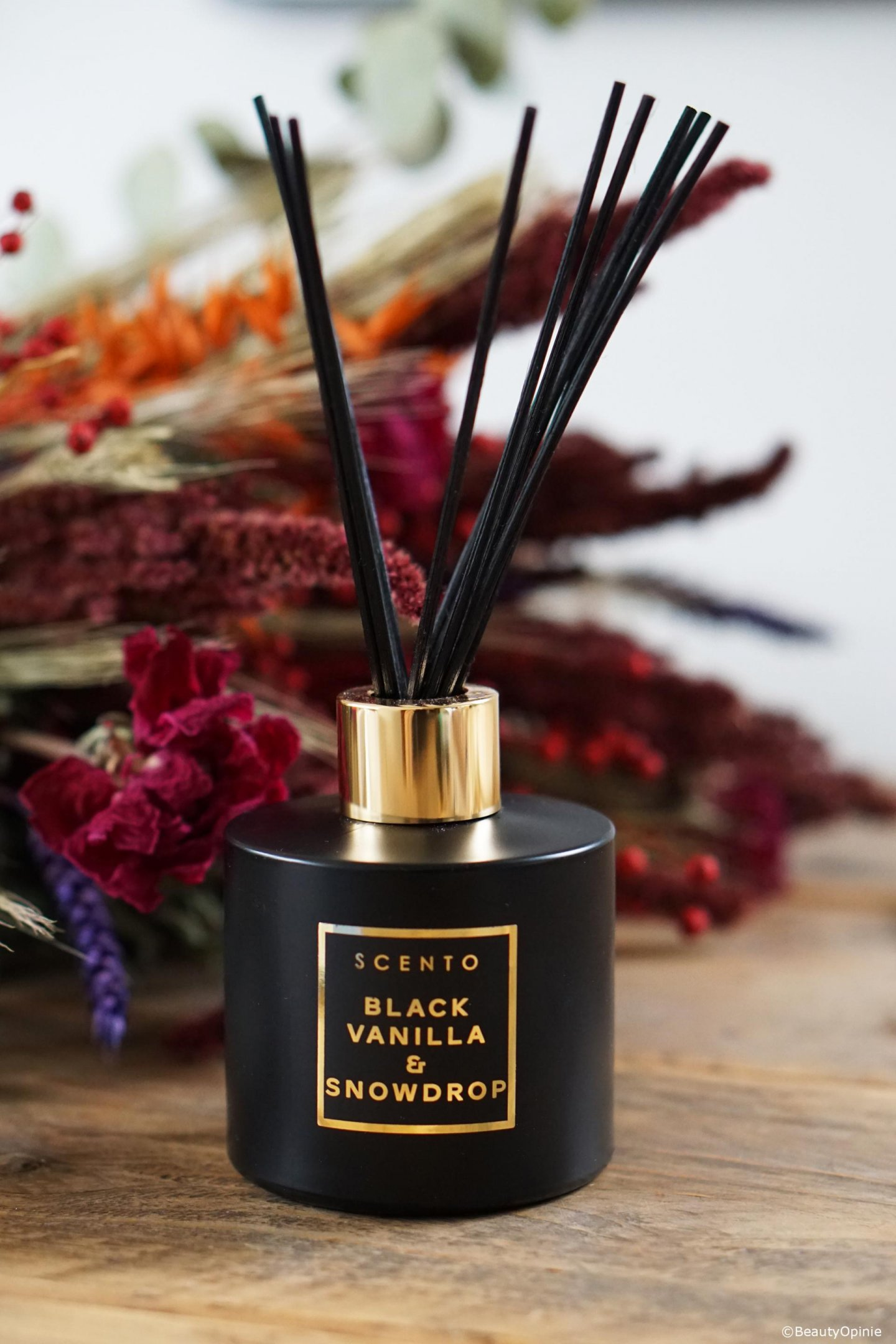 Black vanilla & snowdrop fragrance diffuser review